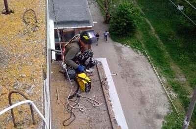 Ремонт балконных козырьков в Киеве